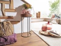 Wofuer geeignet? Der Beistelltisch eignet sich ideal als kleiner Eck-Tisch - Optisches Highlight ist die Tischplatte in Baumstammform   FSC® zertifizierte...