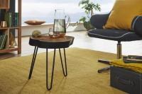 Design  Moderner Beistelltisch Klassisches Design Stilvolle Maserung Sorgt fuer warmes Ambiente 3 formschoene Tischbeine aus Metall Tischplatte in...