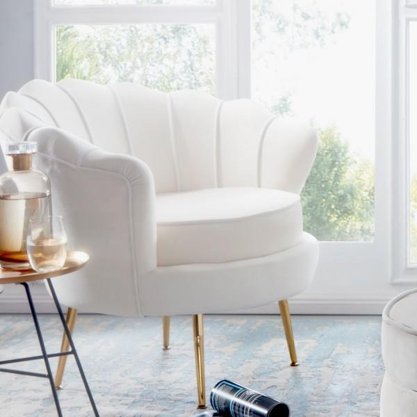 Design  Moderner Sessel im angesagten Glamour-Look Sitzschale mit fest verbundenem Sitzpolster Rueckenlehne in aussergewoehnlicher Muschelform Vier robuste Standbeine als Kontrast zum weichen Samtbezug Abmessungen   Breite: 81 cm Hoehe: 77 cm Tiefe: