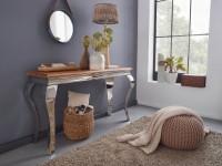 Design  Beeindruckender Konsolentisch im modernen und eleganten Design Lange Tischplatte zur Ablage von diversen Utensilien Edle Erscheinung durch die...