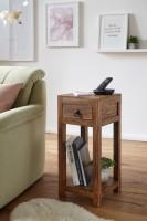 Wofuer geeignet? Mit einer Breite und Tiefe von 30 cm ist der Tisch individuell einsetzbar und zudem platzsparend - Ideal als Abstellmoeglichkeit in Ecken...