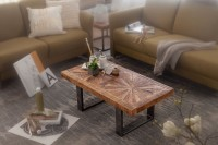 Design  Schoener Couchtisch im modernen und rustikalen Design Den angesagten Industrial Touch erzeugen die schwarzen Metallbeine Anmutige Tischplatte durch...