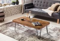 Design  Couchtisch im modernen und schlichten Design Rechteckige Form mit abgerundeten Kanten Eindrucksvolle Maserung der Tischplatte schafft eine warme...