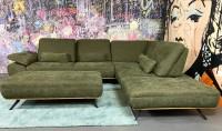 Ecksofa Zedi mit Sitztiefenverstellungen & Hocker Olive Luxus-Webstoff