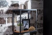 Design  Dekoratives Wandregal in einem modern interpretierten, rustikalen Look Haengeregal im angesagten Materialmix aus Holz und Metall Abmessungen  Breite:...